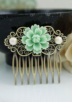 Wedding hair comb...looks a little country chic to me :)
