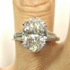 Love oval diamonds stunning