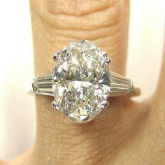 Love oval diamonds stunning