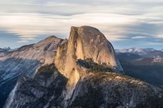 Half Dome as seen from Glacier Point, Yosemite National Park, California, United States Hiking Spots, Hiking Trails, Hiking Routes, Costa Rica, Voyage Usa, Arizona, Road Trip Map, Road Trips, National Parks