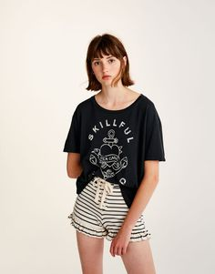 6a82be5ce144 You can find 1 Lace-up shorts with frilled hems for only in Pull Bear.  Enter now and discover this and many other unique Pull Bear pieces