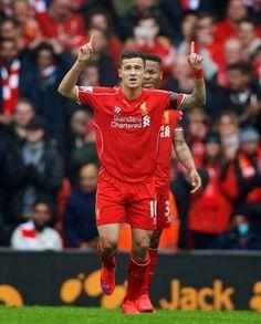 Blog Esportivo do Suíço: Liverpool vence com gols de Philippe Coutinho e Gerrard