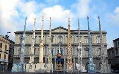 Nola - provincia di Napoli. Una bellissima tradizione.  La festa dei Gigli, religioso ma con tanta allegria e musica..