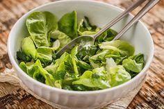 Esta salada é incrível, seu tempero surpreende! Muito saborosa mesmo.