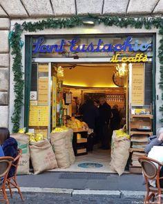 Sur la route du café italien, de #Milan à #Rome #NespressoIspirazioneItalia Turin, Boutique Nespresso, Palazzo, Duomo Milan, Rome, Projects, Coffee Percolator, Log Projects, Blue Prints