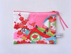Super cute pouch, vintage kimono silk. Fluo pink. clutch purse by Ribbonreal