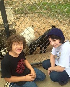 Old pic ✨ #finnwolfhard #strangethings