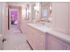 A Jack and Jill bathroom design is a common nickname for a small bathroom that adjoins two separate bedrooms. A Jack and Jill bathroom design serve homes for families, allowing semi-private access from the bedrooms. A Jack and Jill bathroom design Girl Bathrooms, Shared Bathroom, Bathroom Kids, Bathroom Colors, Master Bathroom, Plum Bathroom, Retro Bathrooms, Budget Bathroom, Kids Bath