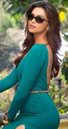 Bollywood Images, Bollywood Actress Hot Photos, Beautiful Bollywood Actress, Indian Bollywood, Bollywood Celebrities, Bollywood Fashion, Kareena Kapoor Saree, Deepika Padukone Style, Dipika Padukone