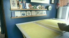 手漉細川紙 「和紙:日本の手漉和紙技術」としてユネスコ無形文化遺産に石州半紙、本美濃紙とともに登録。国の重要文化財。薄いというよりぬけてます。