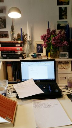 i am different — howtophd: 18/04/2017, 4.00pm Current desk...