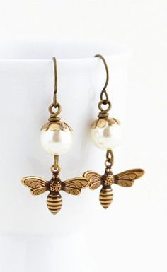 Bee Earrings Ivory Pearl Earrings Bumble Bee