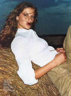"Gisele Bundchen in ""How the West is Worn"" for Allure, August 1999 Gisele Bundchen, 90s Fashion, Fashion Models, High Fashion, Tim Walker, Patrick Demarchelier, Helena Christensen, Angelina Jolie Pictures, Model Polaroids"