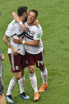 Mexico's forward Javier Hernandez celebrates with Mexico's defender Miguel Layun after the final whistle of the Russia 2018 World Cup Group F football match between South Korea and Mexico at the. Soccer Guys, Football Players, Javier Hernandez, Mexico National Team, World Cup Groups, Mexico Soccer, Cultural Identity, Football Match, Fifa World Cup