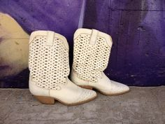 80's Cities White Leather Cowgirl Boots   by ElkHugsVintage