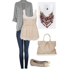 Fall outfit with statement necklace
