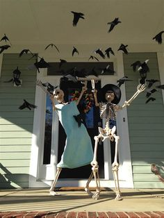 We've got the best thing for your Halloween decoration. Vintage Halloween decorations are extremely challenging to discover. Retro Halloween, Halloween Prop, Halloween Outside, Vintage Halloween Decorations, Outdoor Halloween, Halloween 2017, Holidays Halloween, Halloween Treats, Halloween Stuff