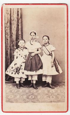 Portrait CDV photograph-ERFURT, Germany, three girls in costume with sashes