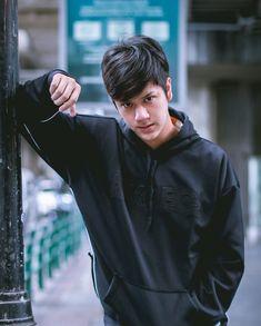 Cool Boy Image, Boyfriend Photos, Speaker Plans, My Future Boyfriend, Cute Teenage Boys, Boy Pictures, Thai Drama, Secret Love, My Prince