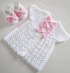 Diy Crafts - heat,Making-Round robe vest making / tig heat vest making / tig heat baby vest making . Easy Sweater Knitting Patterns, Crochet Vest Pattern, Knitting Blogs, Baby Knitting, Crochet Baby, Crochet Patterns, Knitted Baby Clothes, Knitted Baby Blankets, Motif Bikini Crochet