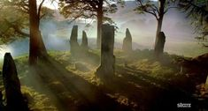 Dtanding stones, craigh na dune, outlander