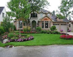 Stunning 40 Fresh and Beautiful Front Yard Landscaping Ideas https://gardenmagz.com/40-fresh-and-beautiful-front-yard-landscaping-ideas/ #LandscapingIdeas #landscapefrontyardflowers