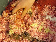 Füstölt kolbász recept lépés 3 foto Fried Rice, Fries, Beef, Hot, Ethnic Recipes, Meat, Nasi Goreng, Stir Fry Rice, Steak