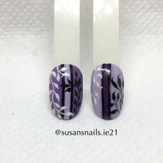 Nail art - leaves on lilac / purple background
