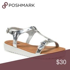 Muk Luks•Joy Sandal New with tags, no box. Darling two buckle flatform sandals! Perfect to add a little bling to your summer wardrobe. Muk Luks Shoes Sandals