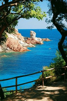 Sardegna, Italia.  Sardinia is the second largest island in the Mediterranean Sea and an autonomous region of Italy. The nearest land masses are the island of Corsica, the Italian Peninsula, Sicily, Tunisia and the Balearic Islands.