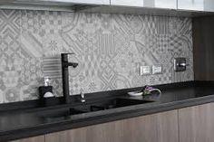 Risultati immagini per rivestimento cucina