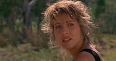 Remember Linda Kozlowski From 'Crocodile Dundee'? See Where The Cast Are Now Crocodile Dundee Linda Kozlowski, Shag Hairstyles, Drama Queens, Golden Globe Award, Soft Summer, Dreadlocks, Actresses, Hair Styles, People