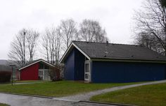 Bungalows für große Familien Bungalows, Cabin, House Styles, Home Decor, Large Families, Homemade Home Decor, Cabins, Craftsman Bungalows, Cottage