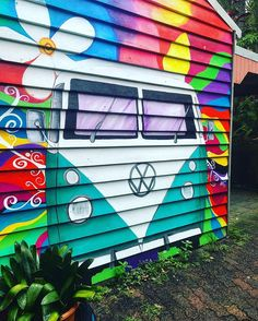 VW-bus Source by urbanowlgirl Volkswagen Bus, Vw Camper, Vw T1, My Dream Car, Dream Cars, Vans Vw, Bus Art, Street Art, Kombi Home