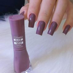 Enamels: Gray Vinyl by Dailus Art: . Want to impress your customers by making perfect nails . Classy Nails, Stylish Nails, Dream Nails, Love Nails, Pretty Nail Colors, Pretty Nails, Nail Manicure, Nail Polish, Best Acrylic Nails
