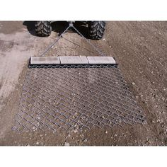 Use this to level your yard driveway or parking lot support bars pull behind your atv or lawn tractor to prepare and cover seed beds and lawns before solutioingenieria