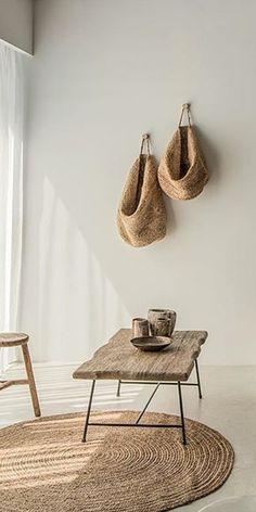 vabi szabi lakás Industrial Table, Wabi Sabi, Rustic Furniture, Home Organization, Modern, Cities, Wood, Diy, Design