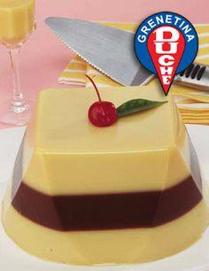Para esta gelatina también pueden usar Nutella en vez de la crema de avellanas -- yum!