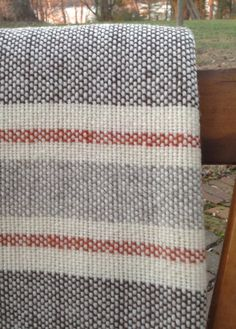 Hand Woven Merino Wool Blanket – 2020 Hand woven using naturally colored brown, gray, and creamy white from our own flock of Merino sheep. Monks Cloth, Swedish Weaving, Weaving Projects, Weaving Patterns, Weaving Techniques, Towel Set, Merino Wool Blanket, Hand Weaving, Embroidery