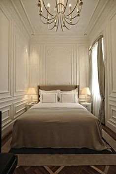 Maison Margiela Hotel Remodeling Mobile Homes Beautiful Bedrooms Moldings Wall Molding Panel