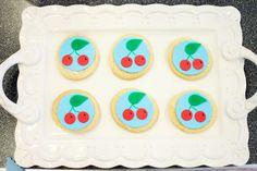 Adorable cherry fondant cookies...