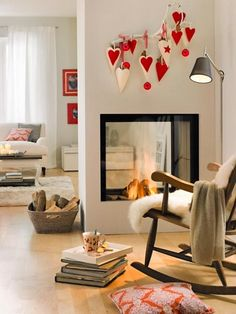 20 Gorgeous Two-Sided Fireplaces For Your Spacious Homes tags: double sided fireplace design, double sided airtight fireplace, double sided wood fireplace australia, double sided fireplace bedroom,… Two Sided Fireplace, Gas Fireplace, Small Fireplace, Fireplace Ideas, Modern Country Style, Country Decor, Fireplace Design, Dream Decor, Christmas Home