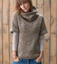 Shop The Moto Sweater Jacket Knitting Stitches, Knitting Designs, Hand Knitting, Knitwear Fashion, Knit Fashion, Diy Pullover, Knit Vest, Sweater Jacket, Crochet Clothes
