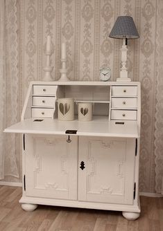 sekret r albert braun landhaus shabby chic massiv. Black Bedroom Furniture Sets. Home Design Ideas