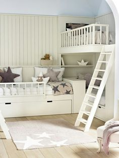 An awesome way to stack bunk beds and still have space in the room! An awesome way to stack bunk bed