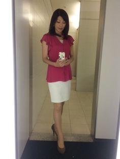 たくさん咲いた 中田有紀オフィシャルブログ 『AKI-BEYA』Powered by Ameba Dress For Success, Office Fashion, Asian Woman, Asian Beauty, Cheer Skirts, Womens Fashion, Ladies Fashion, Lady, Dresses