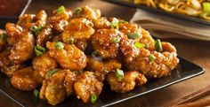 Orange Chicken is a dish that people just can't seem to get enough of, ourselves included! Unfortunately, most orange chicken recipes use a lot of sugar and then deep-fry the chicken, so it's not. Asian Recipes, Healthy Recipes, Ethnic Recipes, Easy Recipes, Oriental Recipes, Chinese Recipes, Easy Meals, Comida Israeli, Restaurant Recipes