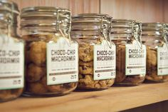 Beautiful cookie jar packing