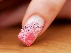 Holiday Nails #christmas #nails #Nailart #holidaynails #partynails - bellashoot.com