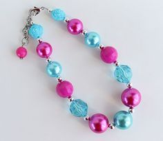 AikoArt has the cutest little girl's necklaces! LOVE LOVE LOVE!!  Always looking for inexpensive chunky necklace have to check this out :)